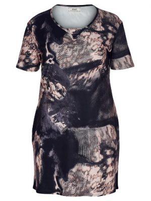 Mönstrad klänning i stora storlekar