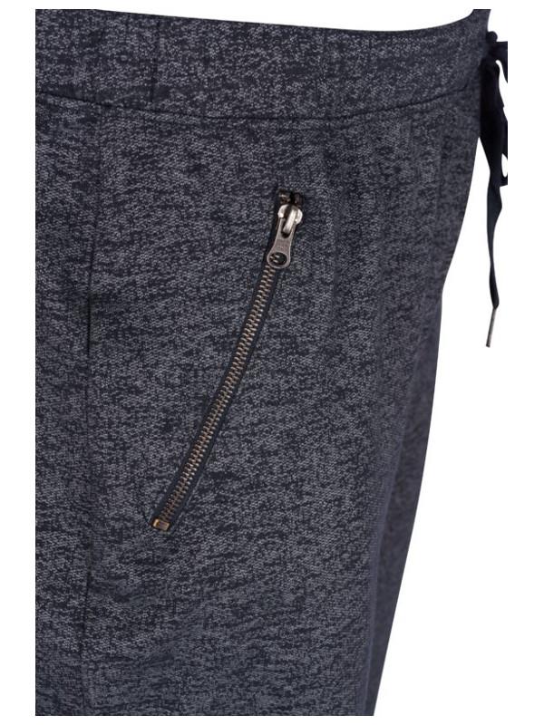 Framfickor med dragkedja i dessa mjuka byxor från Zizzi