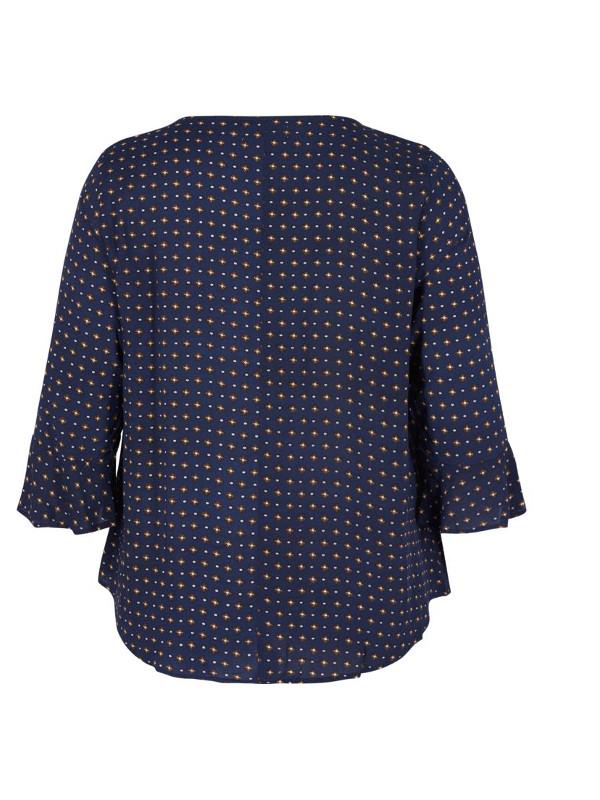 Blåblus att matcha med kjol eller byxa