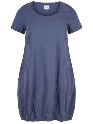 Skön klänning i bomull