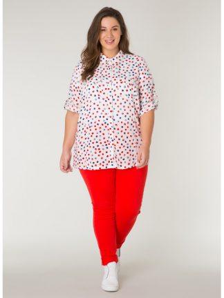 Prickig damskjorta i storlek 50