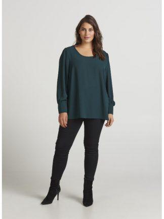 Grön blus i storlek 42-56