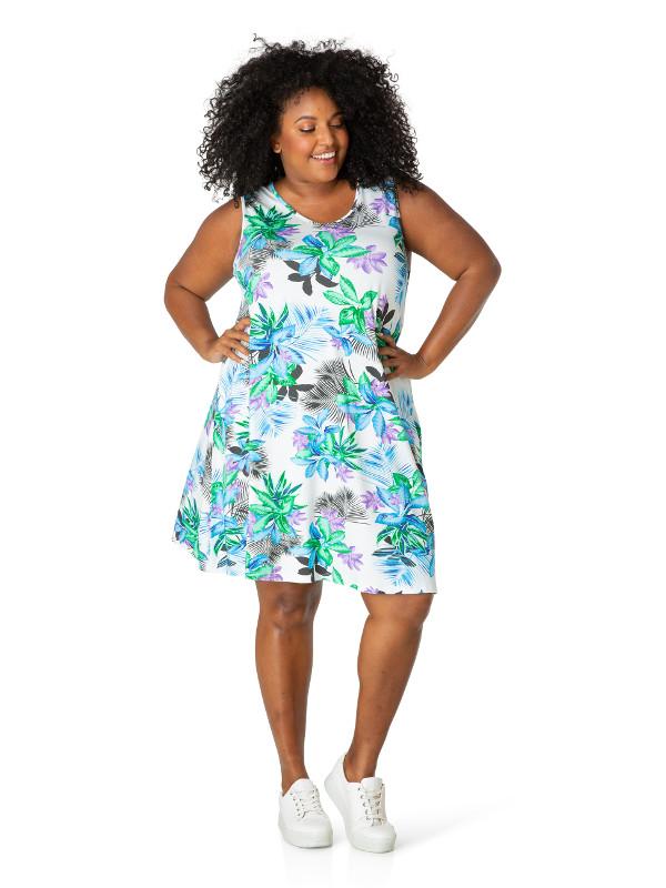 Blommig trikåklänning i storlek 48