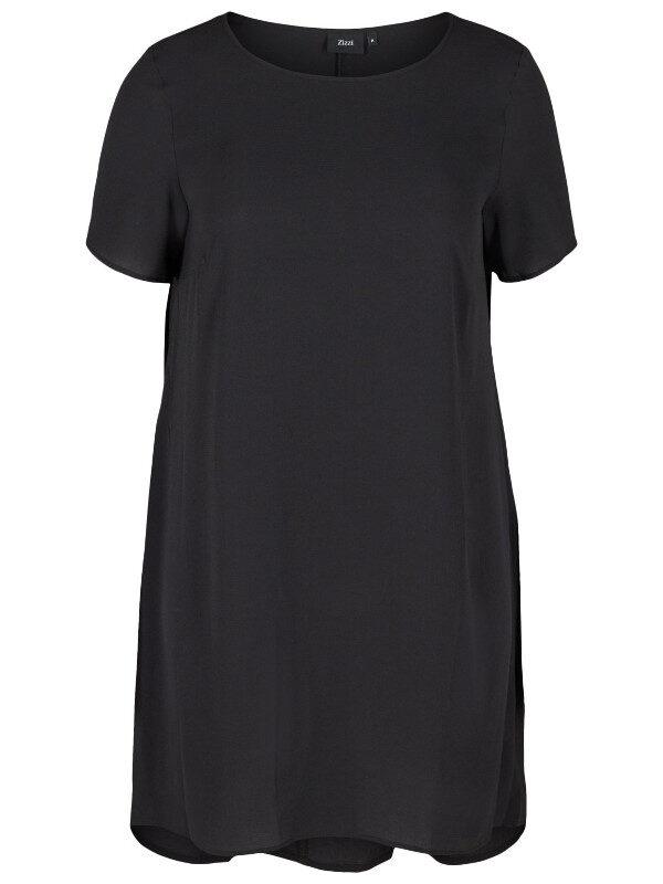 Svart klänning i större storlekar från Zizzi