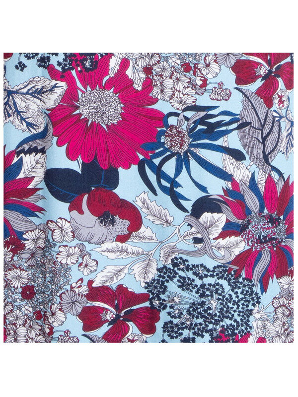 Blommmönstrad klänning plus size