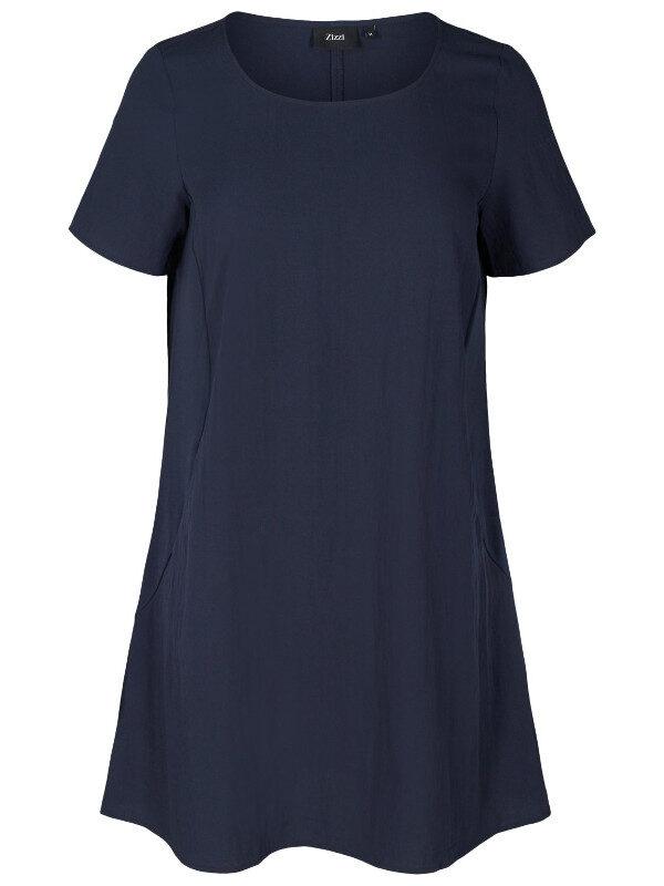 Viskosklänning från Zizzi med fickor