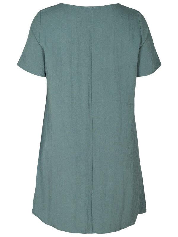 A-linjeformad klänning för större